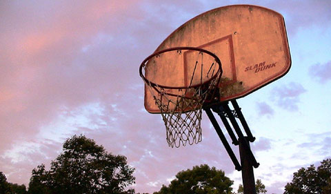 Basketball-hoop