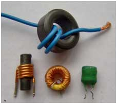 various small inductors.