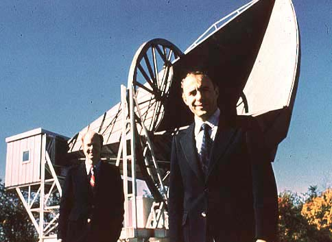 Arno Penzias and Robert Wilson, in front of their microwave antenna (photo courtesy of Lucent Technologies, Inc.)